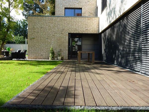 Basan: Fassade mit Holz verkleiden