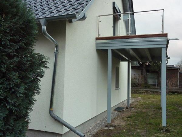 Holzbau: Modernisierung - Dachkonstruktion - Balkon - Holzterrasse