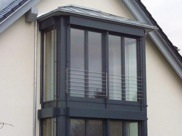 Balkon - Modernisierung - Dachkonstruktion - Holzterrasse