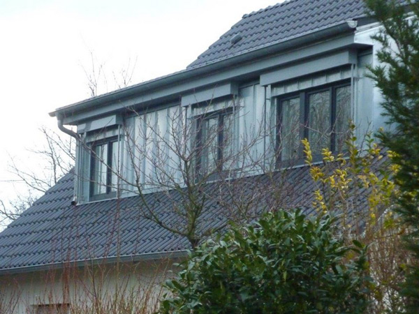 Modernisierung - Dachkonstruktion - Balkon - Holzterrasse Basan