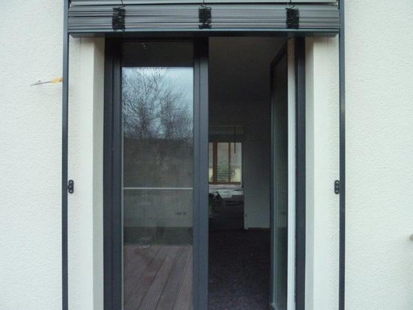 Basan: Modernisierung - Dachkonstruktion - Balkon - Holzterrasse