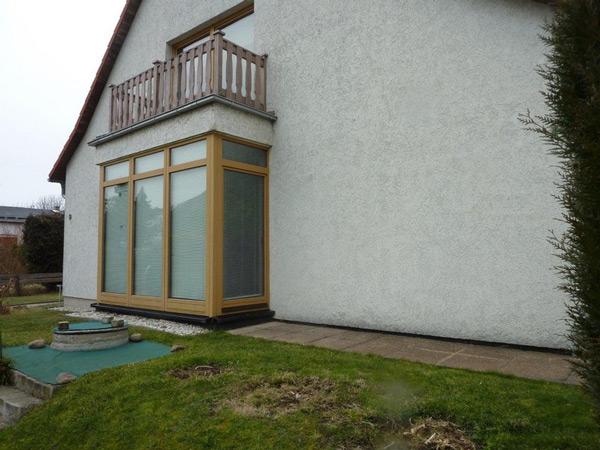Modernisierung - Balkon - Holzterrasse - Dachkonstruktion