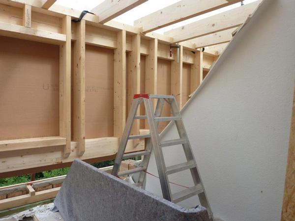 Dachkonstruktion - Modernisierung - Balkon - Holzterrasse Basan