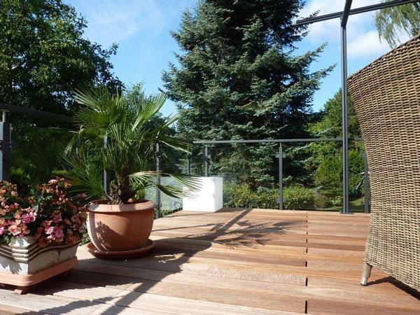 Holzterrasse - Balkon