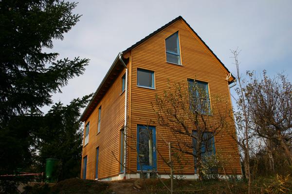 Holzhaus bauen lassen-Basan Bauwerke aus Holz-Holzrahmenbau und Holtafelbau