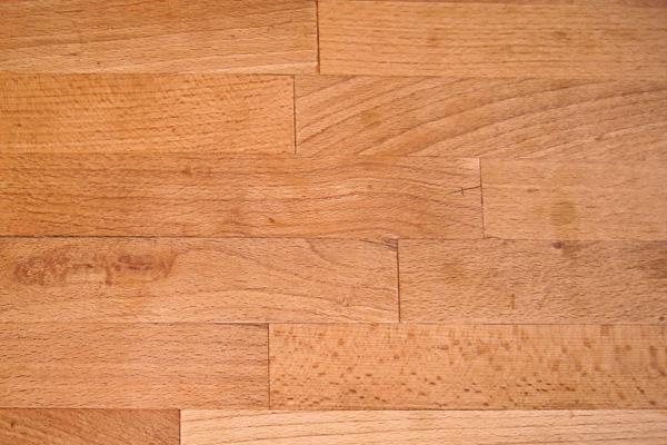Buche-Basan Bauwerke aus Holz